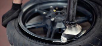 Montage et Équilibrage de Pneus Moto Toutes Marques