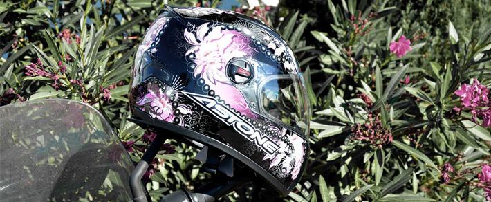 Casque Moto Rose : GT FANTASY de chez Astone
