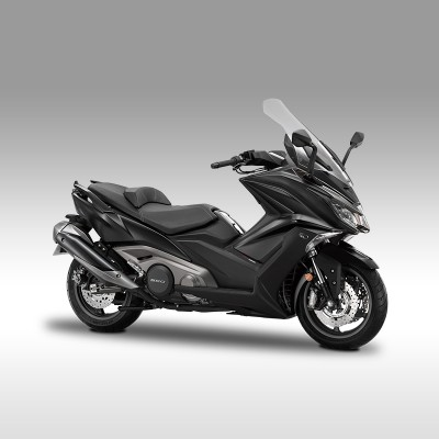 scooter noir 550 kymco puissant