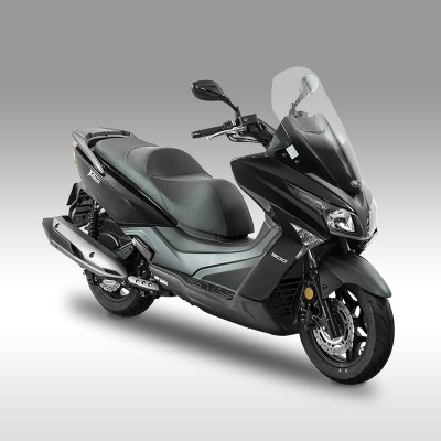 scooter kymco 300